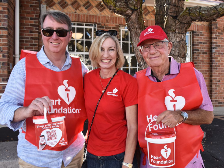 Group of people collecting for the Big Heart Appeal
