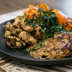 Pan-fried chicken recipe video teaching resource