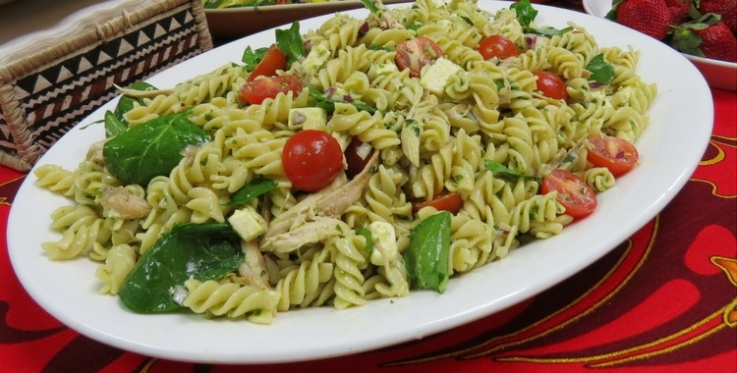 pesto pasta chicken salad with spinach tomatoes and feta