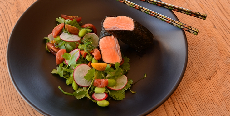 Try this fabulous steamed salmon and seaweed salad dish