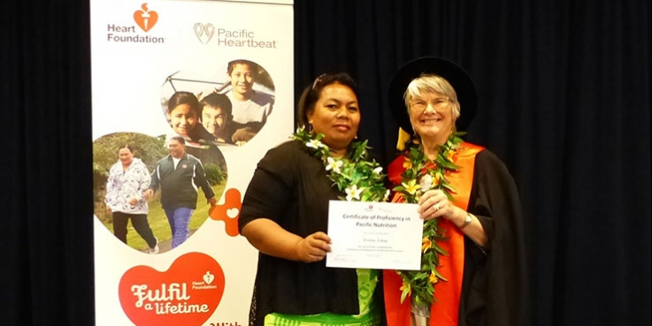 Flo receiving her Certificate of Proficiency in Pacific Nutrition from Professor Elaine Rush, AUT